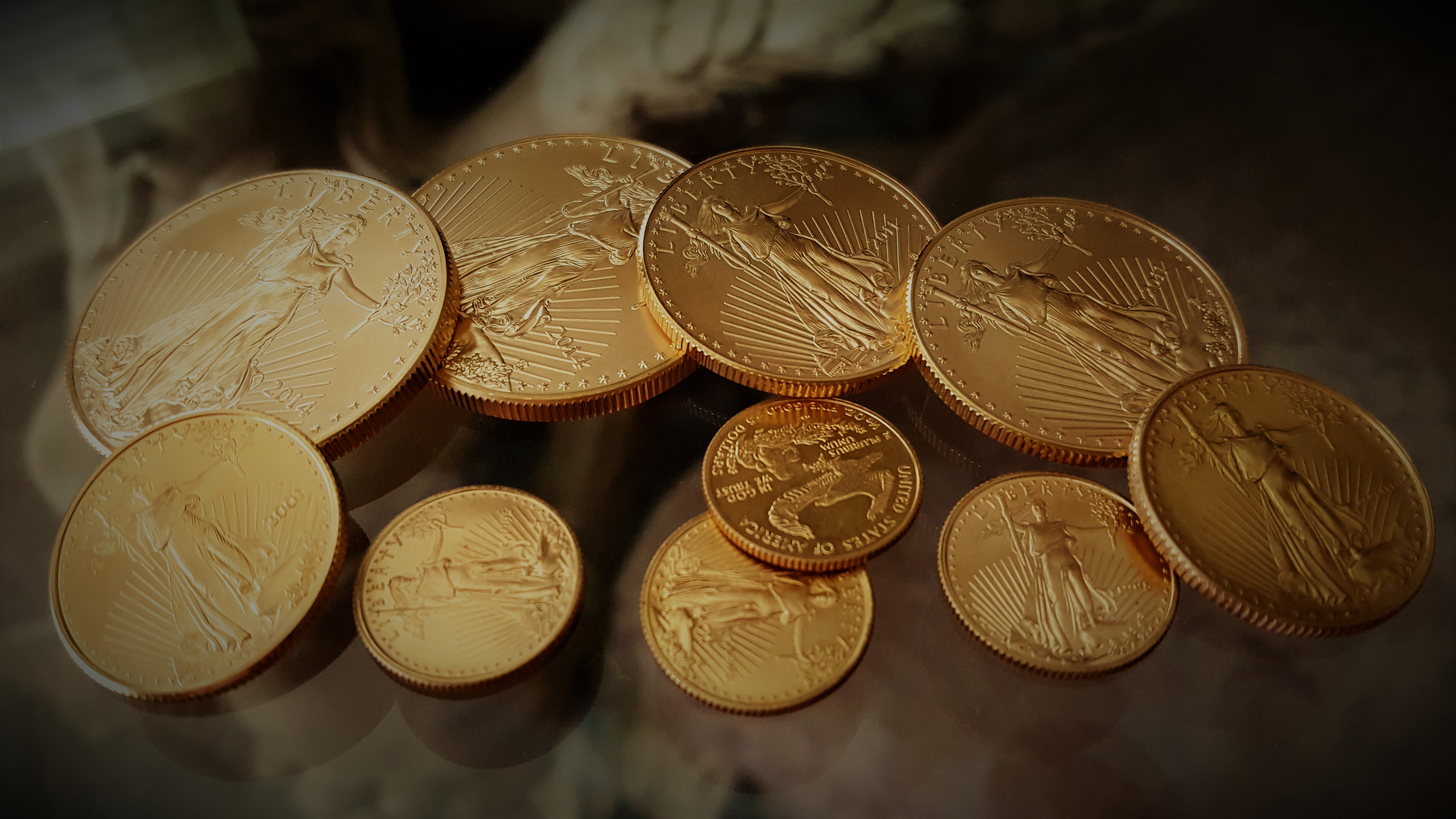 gold, money, picture of gold coins, cons, way to make money, Luxor Living and Style, blog