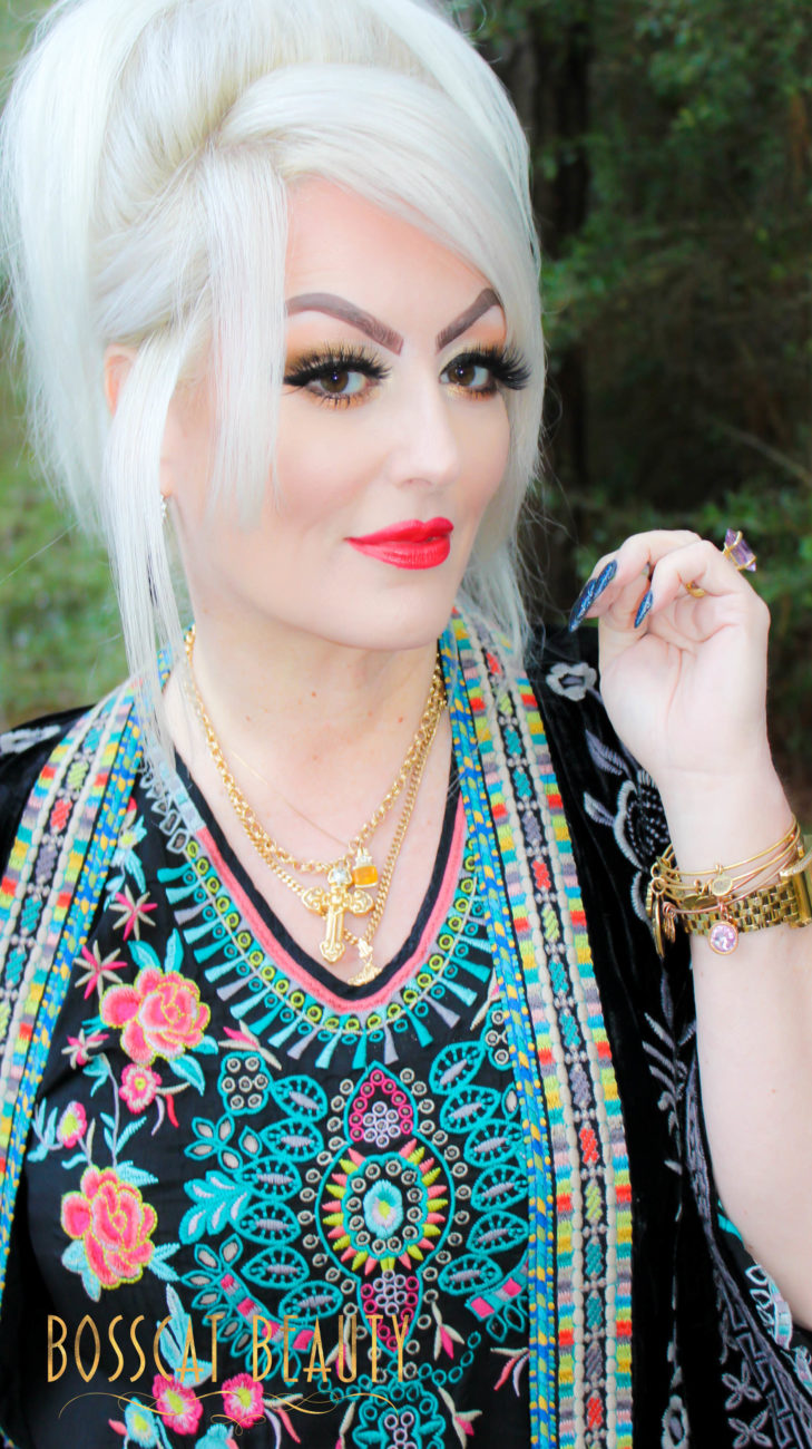 Bosscat Beauty, Lashes, Glam Edition Lash Box, Johnny Was , velvet kimono, velvet jacket, embroidery, white blonde, Alex and Ani bracelets, Houston Mua, makeup artist, chanel lip color, Luxor Living and Style, Stephanie, fashion blog, Top Houston bloggers, Johnny Was The Woodlands, white hair, toner for white hair, Anastasia dip brow, Estee Lauder Double Wear